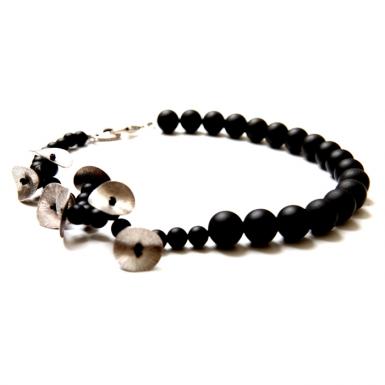 la-b-belladonna-necklace