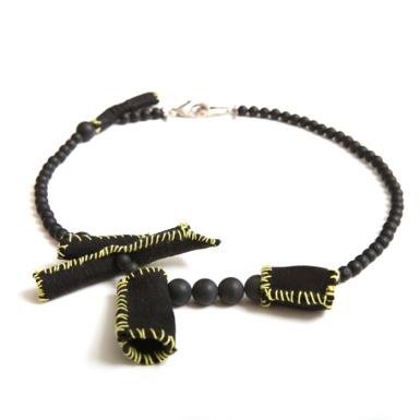 la-b_microtubules_necklace_light_2